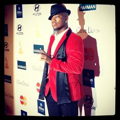 Three time GRAMMY Winner @Ne-Yo stopping on the Pre-GRAMMY Gala carpet - @The GRAMMYs | Webstagram