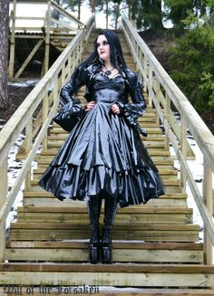 Kina Shen, Pvc Skirt, Rubber Dress, Latex Costumes, Goth Look, Goth Beauty, Sequin Party Dress, Gothic Girls, Latex Fashion
