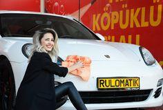 Rulomatik™ Car Drying Towel Vending Machine Social Media Marketing, Digital Marketing, Used Trucks, Heavy Machinery, Car Mats, Sale Promotion, Vending Machine, Commercial Vehicle, Trucks For Sale