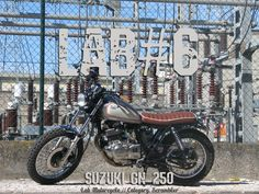 Suzuki GN250 By Lab Motorcycle    ♠ http://milchapitas-kustombikes.blogspot.com ♠