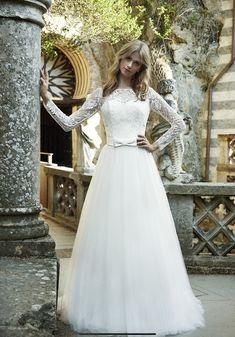 e451fa3a2e24 Oggi parliamo del modello SB 0918 della collezione Stefano B Couture. Un  bellissimo abito dal