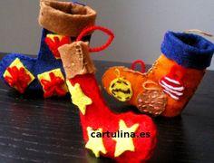 http://cartulina.es/manualidades-para-navidad-calcetin-de-fieltro-para-regalitos/