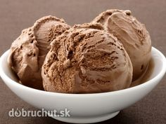One Pot Chef- Chocolate Ice Cream Keto Ice Cream, Homemade Ice Cream, Ice Cream Recipes, Protein Ice Cream, Yogurt Ice Cream, Ice Cream Party, Ice Cream Maker, Chocolate Thermomix, Dessert Thermomix