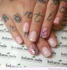 Botanic nails light pink, flowers