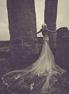 Wedding Dresses 2014 Julia Kontogruni | UniLi - Unique Lifestyle