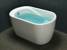 Wanna o obłym kształcie PICCOLA - - 120 x 75 x cm - kolor biały Small Tub, Small Pools, Tiny Bath, 54 Kg, Tiny House Design, Bed & Bath, Home Deco, New Homes, Small Bathrooms