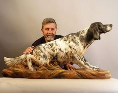 """Intricately Carved Wooden Animal Sculptures Leap To Life """"Guiseppe Rumerio sculpts lifelike animals with the most intrinsic anatomical details to … Wood Carving Designs, Wood Carving Patterns, Wood Carving Art, Carved Wooden Animals, Wooden Art, Tree Sculpture, Animal Sculptures, Tree Carving, Country Art"""