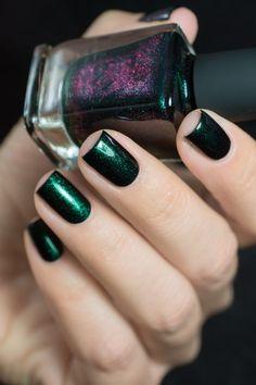 Green Nails, Black Nails, Boutique Nails, Witch Nails, 4th Of July Nails, Butterfly Nail, Stylish Nails, Nail Polish Colors, Spring Nails