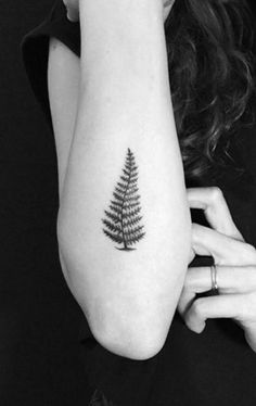 Small blackwork fern by Stropky