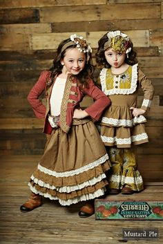 Mustard Pie Clothing - Felicity Skirt in Ivory Sand
