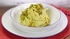 Ricetta Vermicelli con ricotta e zucchine speziate: I vermicelli con ricotta e zucchine speziate sono un primo piatto molto cremoso e saporito. Con questa ricetta preparerete un piatto sano ed equilibrato.