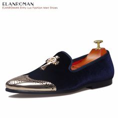 Fashion Loafer; Genuine Leather; Plain Pointed Toe; Slip On; Tassel and Embossed Pattern