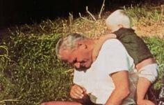 Boy's uncle -  Karol Wojtyła:)) (Papa Giovanni Paolo II).  https://www.facebook.com/MadrzyRodzice