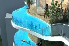 The proposed 30 storey Parinee ISM with infinity edge pools.