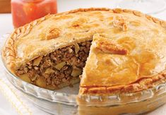 Tourtière aux trois viandes Pie Recipes, Dinner Recipes, Holiday Essentials, Spanakopita, Apple Pie, Barbecue, Food And Drink, Pizza, Ethnic Recipes