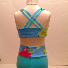 Cross-back Crop Top with High-waisted Shorts by ArrowActive on Etsy