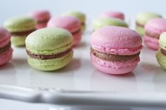 Worth Pinning: French Macarons with Nutella Buttercream Filling