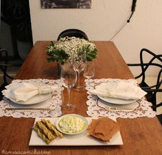 White and romantic table setting