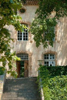 all i want is a mexican villa :)