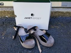 Woman's Janet Sport Sandalo Cipro/Nisab Wedge Black Patent Leather Sandals Sz 8 #JanetSport #Sandalo