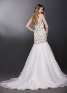 Style 50276 » Wedding Gowns » DaVinci Bridal » Available Colours : Ivory/Silver, Ivory/Ivory, White/Silver, White/White (back)
