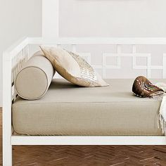 Daybed covers on pinterest daybed bedding daybeds and girl bedding