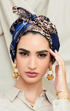 Chiffon Scarf, Chiffon Fabric, Head Wraps For Women, Turban Hijab, Hijab Fashionista, Turban Style, Square Scarf, Silk Scarves, Scarf Styles