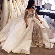 Item Type: Wedding DressesWaistline: Naturalis_customized: YesBrand Name: SWHRIOPDDresses Length: Floor-LengthNeckline: ScoopSilhouette: Ball GownSleeve Length:
