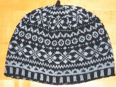 Back to basics with this Fair Isle design. Simple. Timeless.