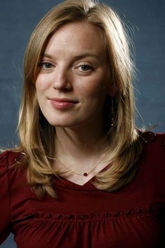 Sarah Polley b Toronto - Ashkenazi (father), Scottish, Northern Irish (mother) Sarah Polley, Road To Avonlea, Northern Irish, Anne Of Green Gables, Moving Pictures, Film Serie, Famous People, Actors & Actresses, Nostalgia