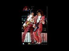 DIGITAL ART by LISA TSAKIRI: Prince and The Revolution - 17 Days live