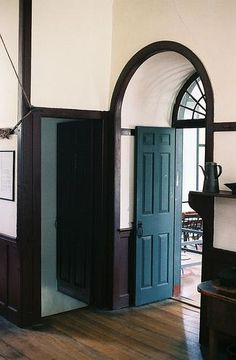 New shaker furniture plans living spaces 63 Ideas My Living Room, Living Spaces, Style Shaker, Teal Door, Dark Trim, Brown Trim, Arch Doorway, Arch Windows, Pleasant Hill