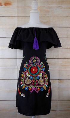 Womens Medium Black Mexican Peasant Dress Embroidered Off the Shoulder Wedding Mexican Style Dresses, Mexican Outfit, Traditional Mexican Dress, Traditional Dresses, Mexican Embroidered Dress, Mexican Shirts, Mexican Fashion, Embroidery Dress, Floral Embroidery