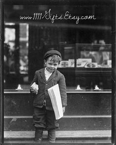 "Printable 1910 Vintage Photograph * 5 Year old Sells Papers in St. Louis * 8x10"" Ephemera, Photography, Wall Decor * Instant Download on Etsy"