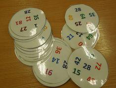 násobilkové dobble - ke hře i dalšímu procvičování (viz list s náměty pro využití kartiček. který je součástí) Math Workshop, Fractions, Primary School, School Projects, Preschool Activities, Board Games, Homeschool, Shapes, Education