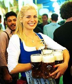 Oktoberfest Outfit, German Girls, Beer Girl, Beer Festival, Wine And Spirits, Craft Beer, Bugatti Veyron, Mustangs, Dirndl