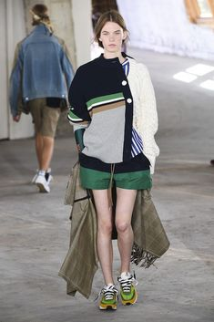 The complete sacai resort 2019 fashion show now on vogue runway. Knit Fashion, Fashion Week, Sport Fashion, Love Fashion, Fashion Models, Autumn Fashion, Womens Fashion, Fashion Design, Fashion Trends