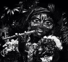 Shyaam Yashoda Krishna, Iskcon Krishna, Krishna Radha, Krishna Avatar, Krishna Bhagwan, Radhe Krishna Wallpapers, Little Krishna, Kali Mata, Ganesh Lord