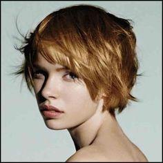 10 kurze Haarschnitte für Frauen mit dickem Haar. | Einfache Frisuren