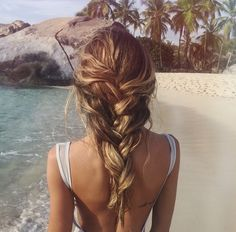 Image de hair, beach, and girl