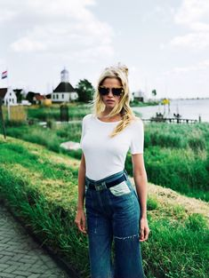 Hanes My Way: Why All You Need This Summer Is a Classic White Tee