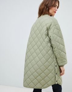 Shop the latest Boss Casual quilted coat trends with ASOS! Cute Girl Outfits, Basic Outfits, Winter Jackets Women, Coats For Women, Holiday Party Outfit, Apron Dress, Down Coat, Quilted Jacket, Work Fashion