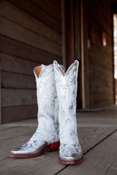 138f768faee 58 Best White Cowgirl Boots Wedding images in 2017 | Boots, Long ...