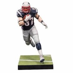 """Product Info NFL Series 36 Figure New England Patriots Rob Gronkowski - The Rob Gronkowski NFL action figure celebrates the New England Patriots Tight End! """"Gronk"""" had another monster year, which saw Patriots Team, Sports Figures, Action Figures, Rob Gronkowski Patriots, Theme Sport, Nfl History, Nfl Season, Nfl Cheerleaders"""