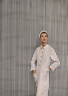 Fashion photography by Richard Avedon.