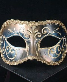 cultural masks from around the world   Europe Mask2