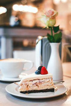 #десерт, #еда, #кафе , #Москва, #историяуспеха, #торт , #завтрак , #малина , #мечта , #cake , #breakfast , #cafe , #Moscow , #food, #yammi