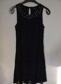 Kup mój przedmiot na #vintedpl http://www.vinted.pl/damska-odziez/krotkie-sukienki/14865044-mala-czarna-sukienka-koronkowa