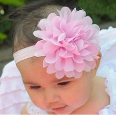 Cheap children hair accessories, Buy Quality hair accessories directly from China flower headband Suppliers: JRFSD A Cute Newborn Baby Girls Flower Headbands Photography Props Infant Baby Hair Bands Children Hair Accessories Newborn Headbands, Baby Girl Headbands, Flower Headbands, Lace Flowers, Pretty Flowers, Cute Newborn Baby Girl, Baby Girls, Baby Hair Bands, Baby Girl Patterns