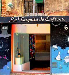 Madrid - La Tasquita de Enfrente  Calle de la Ballesta, 6  28004 Madrid 915 32 54 49. Comida de mercado alta calidad. Precio medio: 70€